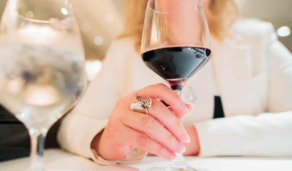 Лечение женского алкоголизма в Бояркино анонимно